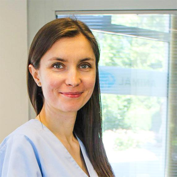 Oliwia Lis weterynarz stomatolog - psi dentysta